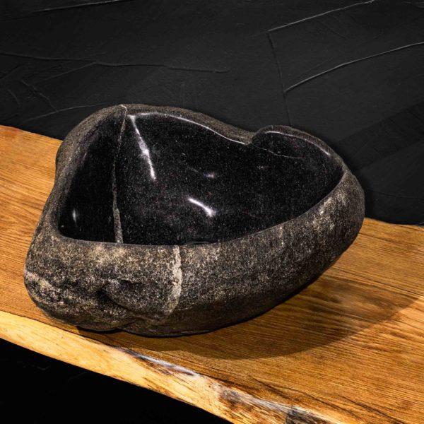 Умывальник ручной работы из натурального камня